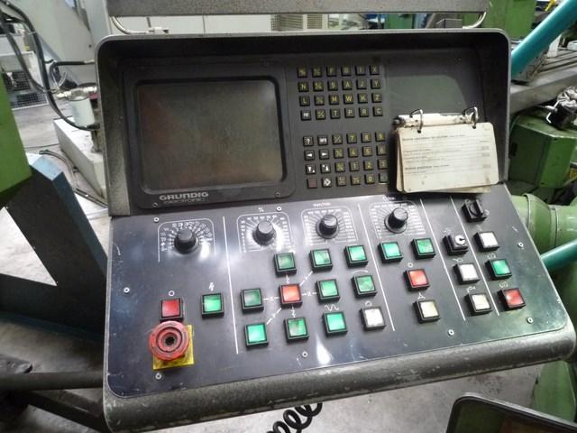 Fraiseuse CNC DECKEL FP4 ATC
